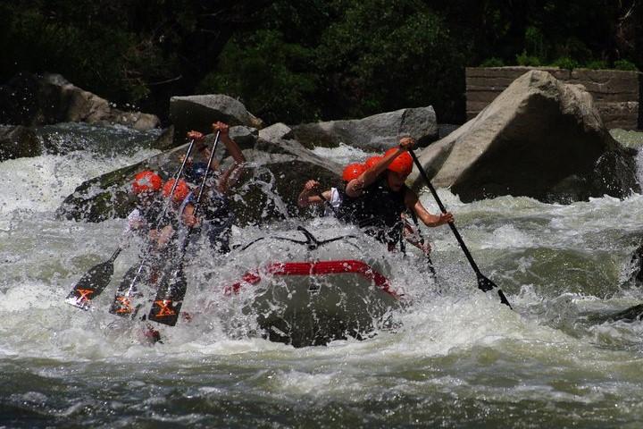 darzhaven-shampionat-po-rafting-2011-h-klub-teambuilding-bg (4)-1