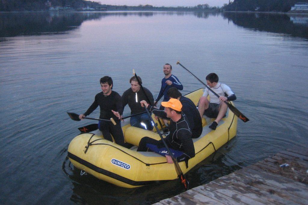 rafting-otbor-mazhe-h-klub-teambuilding-bg-com 2 (1)-1