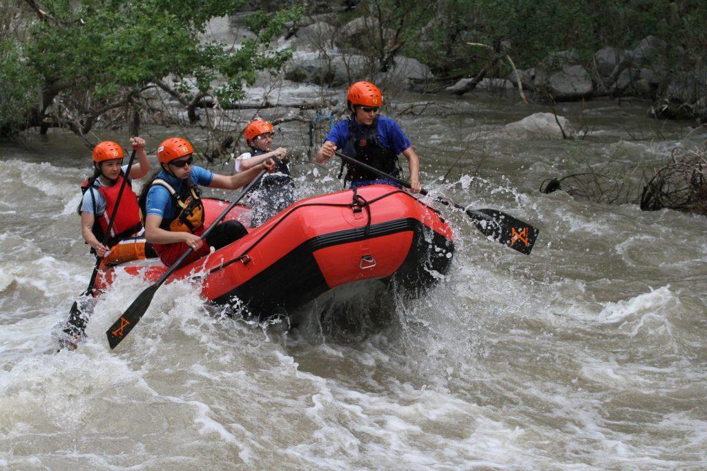 rafting-otbor-zeni-x-club-teambuilding-bg (3)-1
